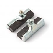 Patins de freins à tringle 50mm NOIR (paire) vis déportée haute
